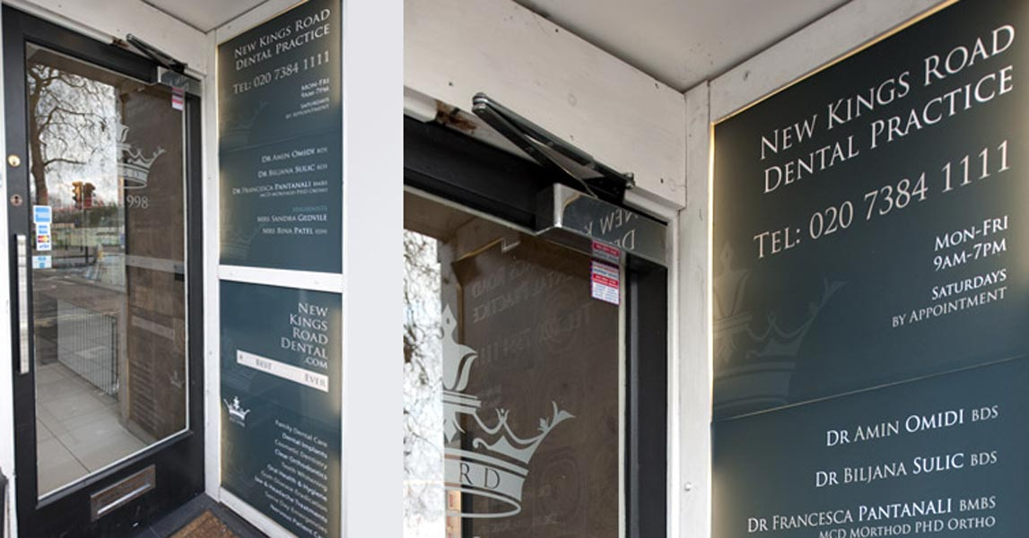 Exterior Posters / Plaques - Dentist in New Kings Road - London